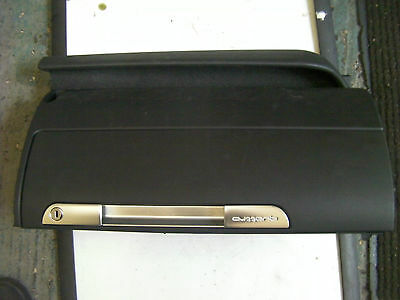 Mk1 Audi Tt Black Glovebox With Chrome Trim 8N2857095 1998-2006 (8N)