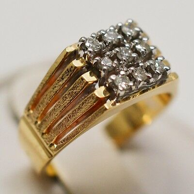 10k Yellow Gold Cluster Diamond 0.15 tcw Ring Size 6.25