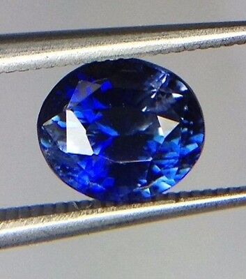 CERTIFIED 1.40 Carats Natural BLUE SAPPHIRE