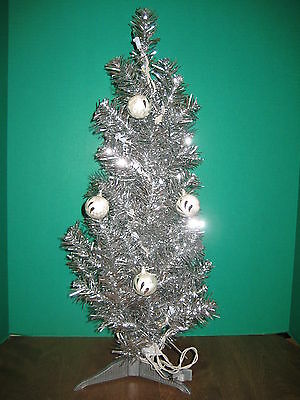 "Silver Tinsel  Xmas Tree 25""Inch With Clear Lights Plus 4 Feather Balls Included"