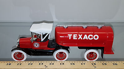 1/25 Ertl Bank Texaco 1918 Ford Runabout With Tanker Trailer #21 In Series Red