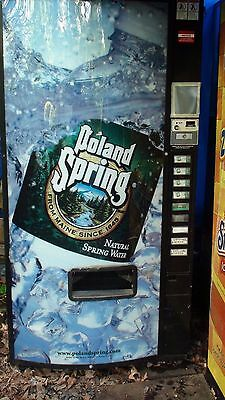 Dixie Narco 501 Soda or poland water Vending Machine