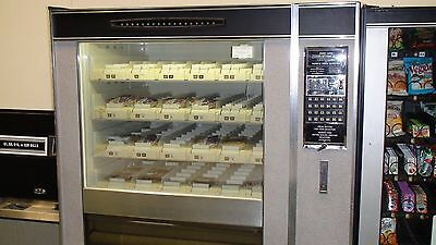 National Vendor Gg 424 Cold Food Vending Machine