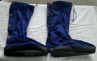 EMS Eastern Mountain Sports Mountaineering/Ice Climbing Boot Covers For Crampons