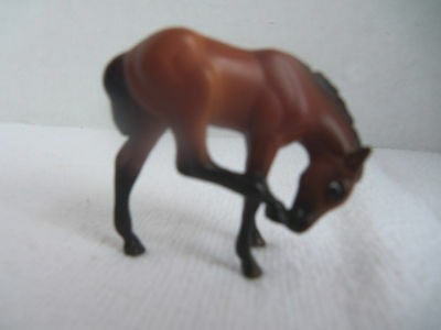 Breyer Stablemate SHOW STOPPERS Bay Scratching Foal ONLY - ADD More SM Free Ship