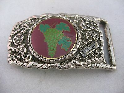 "Vintage Mens Belt Buckle: Silver Tone w/ GRAPE BUNCH ""HOWDY"""