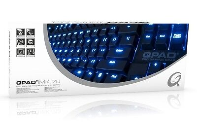 QPAD MK-70-Red Pro Gaming Keyboard MX-Red, PS/2 & USB, DE