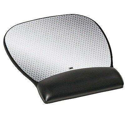 3M Leatherette Mouse Pad with Gel Wrist Rest and Antimicrobial Protection Lar...