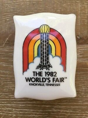 Vintage 1982 Worlds FairCeramic Footed Trinket Box Knoxville Tennessee