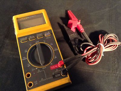 (1) Fluke 27 Rugged Industrial Multimeter With Alligator Clip Leads
