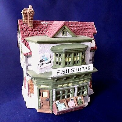 Dept 56 Retired Dickens Village THE MERMAID FISH SHOPPE Lighted 59269