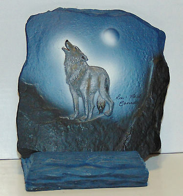 Baylife Art REFLECTIONS Hand Painted Slate wolf with stand Lee Neal Bay Life