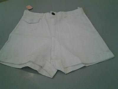 Waves Of London Vintage Halterneck Top And Shorts In White 100 % Cotton £2.99