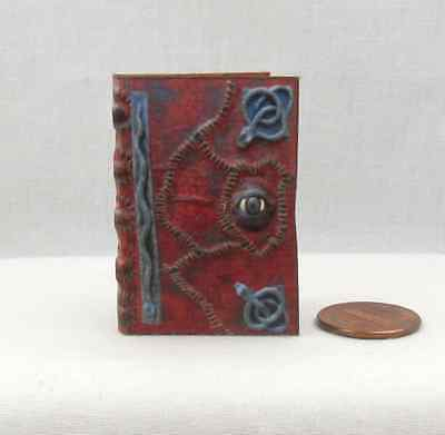 1:6 Scale HOCUS POCUS BOOK OF SPELLS Readable Book Blythe BJD Barbie Play Scale