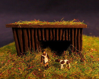 (kit04) peasant woman with calf stable building kit figure Scale Gauge Z (1:220)