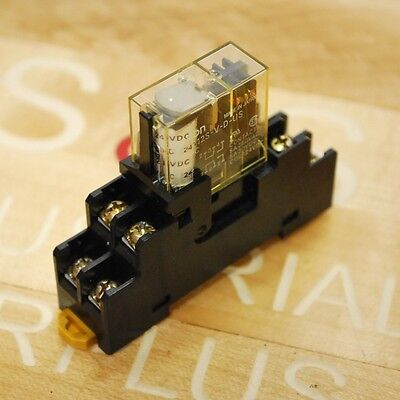 Omron P2RF-08  Din Mount Relay Base, with G2R-212S-V-D-US Relay 24Vdc Coil.