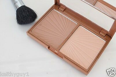 W7 Hollywood Bronze & Glow. Bronzer and Highlighter Duo.makeup cosmetics
