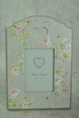 "Photo Frame 3.5"" x 5"" Vintage style French Grey with Pink Floral detail"