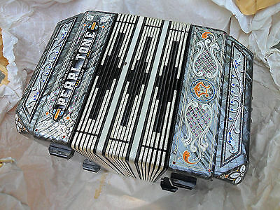 Concertina Chemnitzer Crown Italy Squeezebox Silver Pearl Tone B Flat