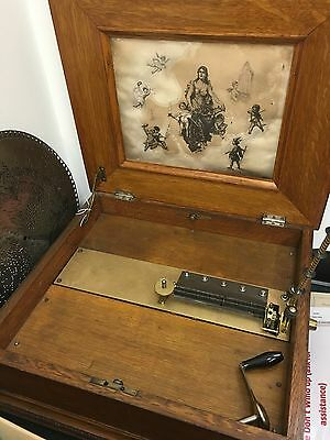 "Oak Regina Table Top Music Box - With 4 15.5"" Music Discs - Working"