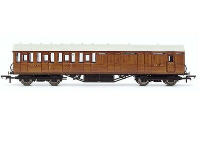 R4574 Hornby 00 Gauge LNER Thompson Suburban Brake 3rd Class Coach New & Boxed