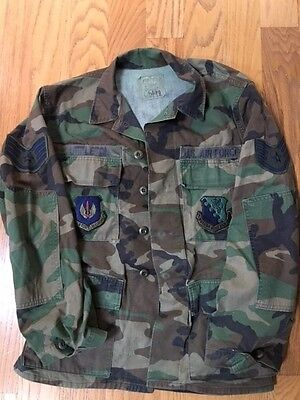 US Airforce Woodland BDU SSGT Patches Camo Uniform Jacket Size Small