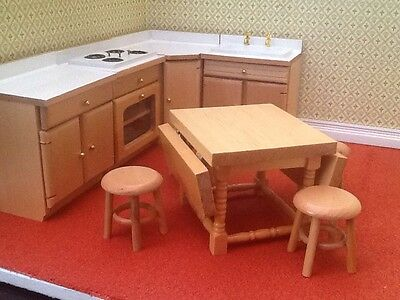 Dolls House Miniatures 1.12th scale  9 Piece Light Wood Kitchen DF820 NEW