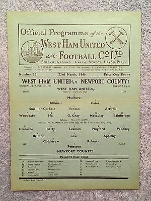 1946 - WEST HAM v NEWPORT PROGRAMME - Football.League South - Great Condition