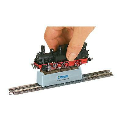 HO Gauge Locomotive Wheel Cleaning Brush Model Railway Train Set Cleaner Track