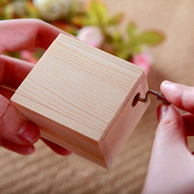 18 Note Wind-up Carving Wooden Musical Box Handmade Craft Crank Collectible Gift