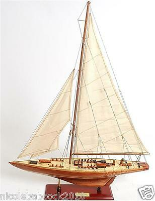 "31"" H Antique Replica Model Ship The Endeavour British Sailboat Fully Assembled"