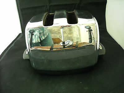 Toasters kettles cheap and cream delonghi