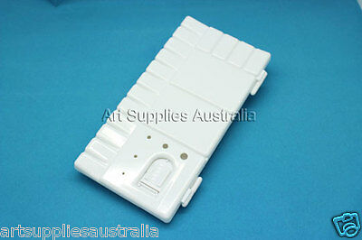 Plastic Palette with lid to avoid paints drying 14x30.5cm