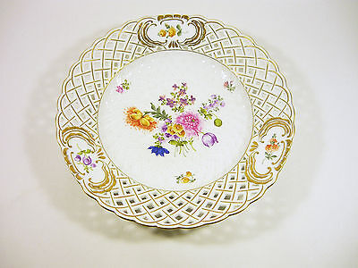 """Herend, Floral Open Work Wall Plate 10"""", Artist Signed Handpainted Porcelain !"""
