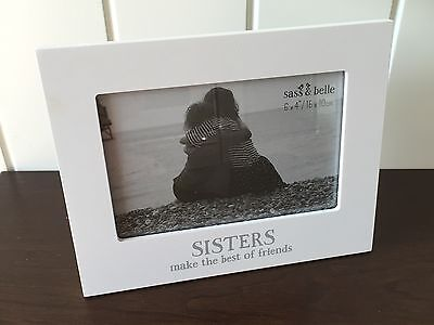 """Modern White 'Sisters Make The Best of Friends' 6 x 4"""" Photo Frame Ideal Gift"""