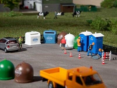 Auhagen 42593 - Portable Toilets & Recycling Containers Plastic Kit HO/OO/TT 1st