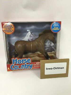 Grand Champions Horse Country Farm Collection Dark Brown 55010 Play Set New