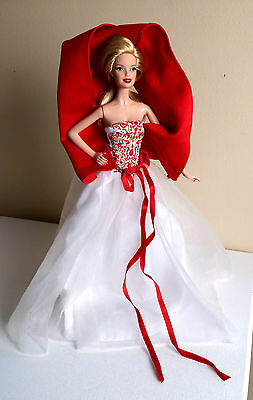 HOLIDAY BARBIE- Loose- 2010 Dress and 2014 Doll Mix and Match. Beautiful!