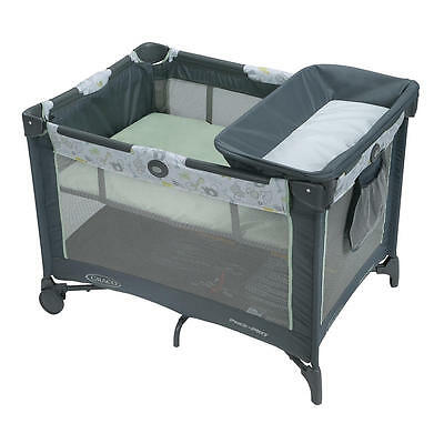 Graco Pack 'N Play Playard Simple Solutions - Sketch Safari