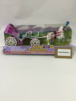 Grand Champions Pink Top Royal  Horse & Carriage 26070 Production Sample Used