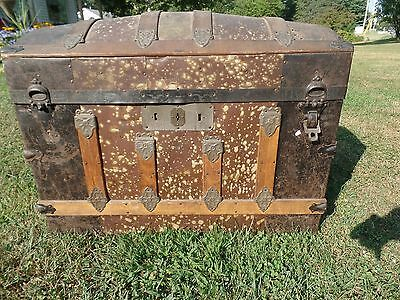 Antique Humpback Treasure Chest/trunk