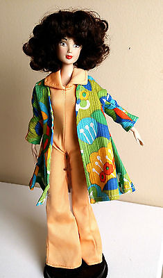 JAKKS PACIFIC BRUNETTE DOLL- 1970's Look, 70's Outfit Included. Great Combo!