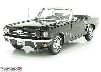welly 1 18 ford mustang cabrio 1964 1 2 schwarz eur 47 95 picclick de. Black Bedroom Furniture Sets. Home Design Ideas