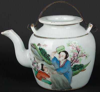 China 19. Jh. Teekanne Qing - A Chinese Porcelain Round Teapot - Chinois Cinese