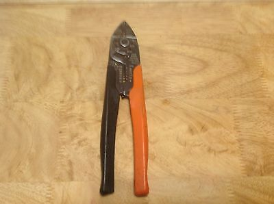 Thomas & Betts T&B WT2000 Plier Type Crimping Tool w/ Wire Strippers & Cutter