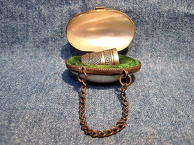 Antique 19th C Abalone Mother-Of-Pearl Shell Purse Thimble Case & Silver Thimble