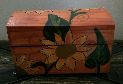 Mexican Wooden Box Hand painted Daisies Small