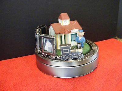 Collectible Musical Movable Silver Train Bear Conductor at Station 3 Frames 2x3