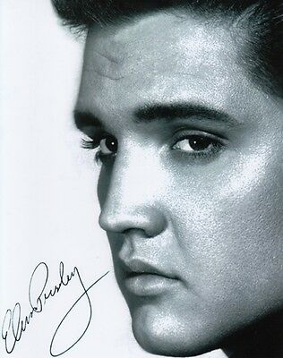 ELVIS PRESLEY ROCK AND ROLL SINGER SIGNED 10x8 INCH LAB PRINTED PHOTO