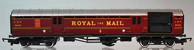 Hornby OO LMS Operating Royal Mail Coach Set IBH-91-SH